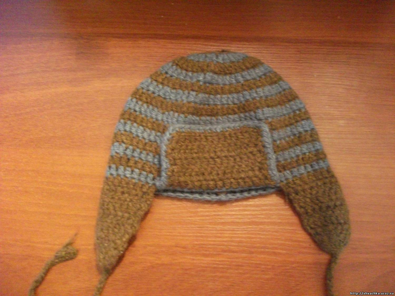Теплая вязанная шапка для мальчика